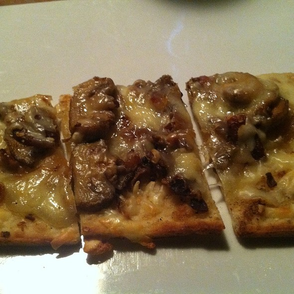 Autumn Grilled Flatbread - Coho Grill, Columbia, MD