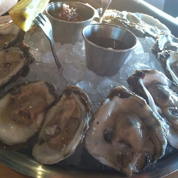 Oysters - Moonraker, Pacifica, CA