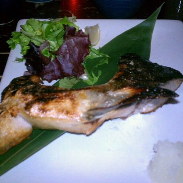 Yellow Tail Head @ Ryoko Restaurant & Bar