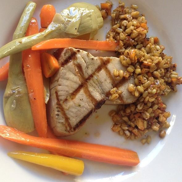 Yellowfin Tuna Tartare and Crispy Tempura Tuna Sushi Roll