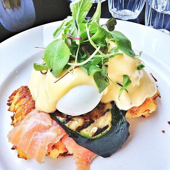 Brunch lovers cream dream. Potato latkes, smoked salmon, grilled zucchini, poached eggs, hollandaise, rocket. @ Three Bags Full