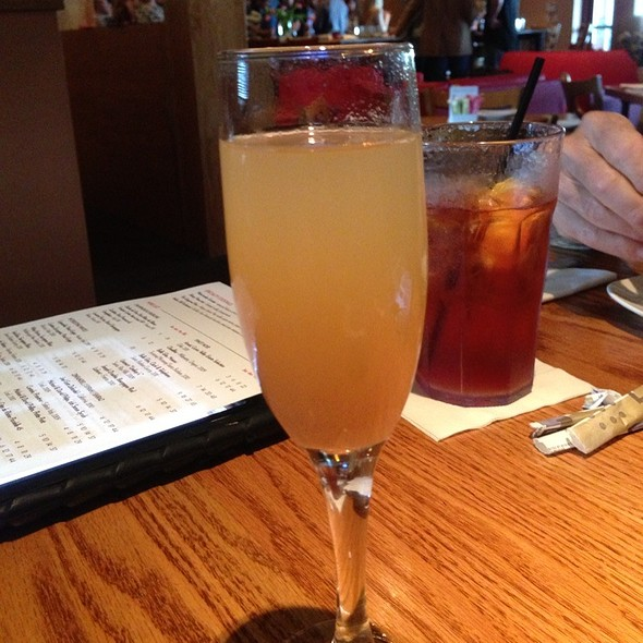 Bellini @ Carmel Cafe & Wine Bar
