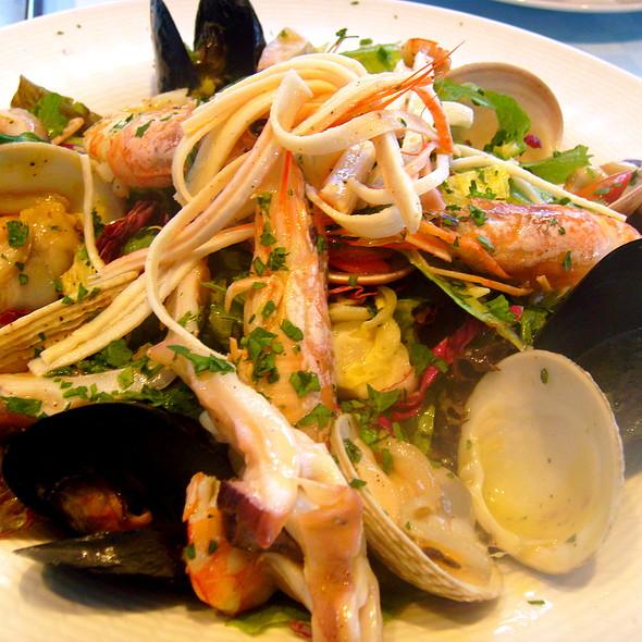 Seafood Pasta @ Med Restaurant Chersonissos