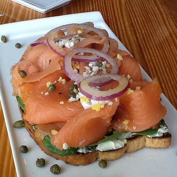 Open Faced Smoked Salmon Sandwich