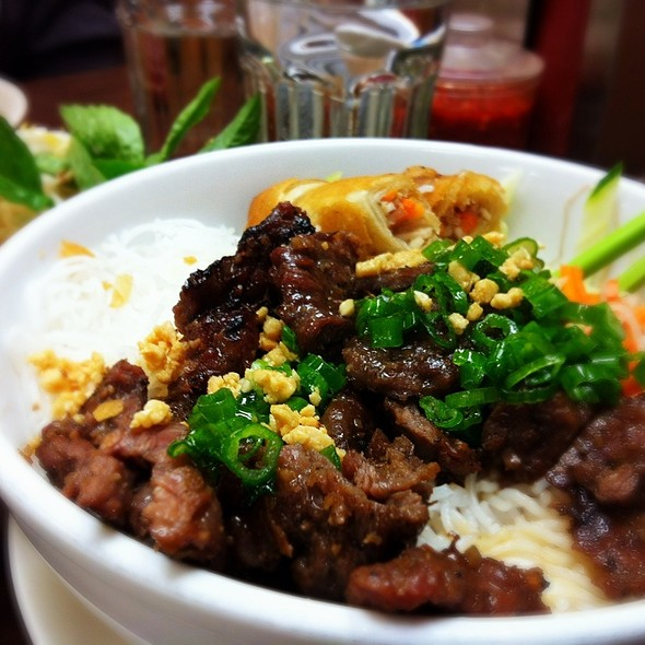 Bun Bo Nuong Grilled Beef With Vermicelli