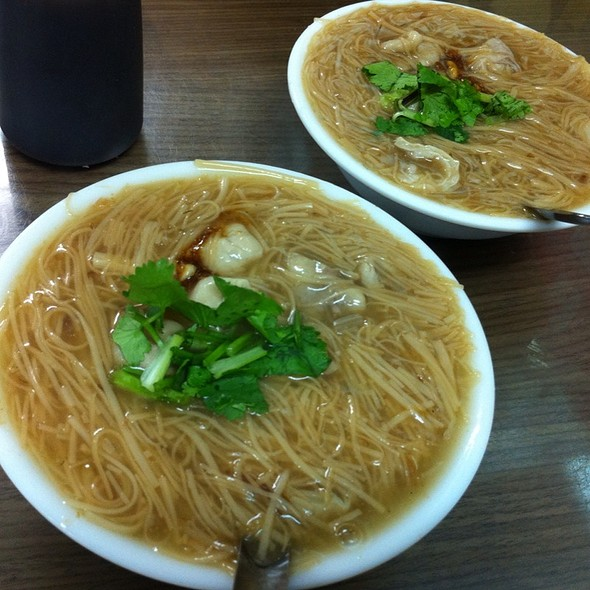Taiwanese Style Vermicelli @ 油庫口蚵仔麵線