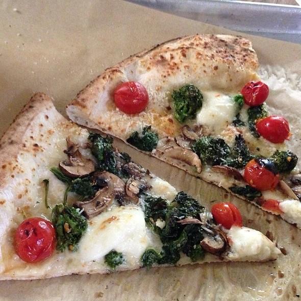 Gigiogo @ Antico Pizza Napoletana