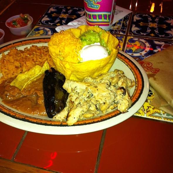 chicken fajita plate @ Rosa's Cafe