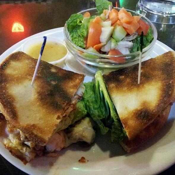 Jamie Sandwich @ Backstreet Pub & Pizza