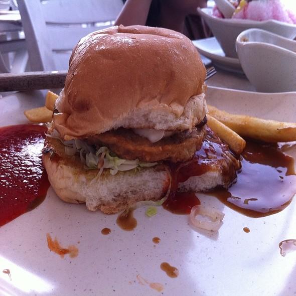Mushroom chicken burger