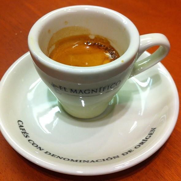 Expresso Blend @ Cafes El Magnifico
