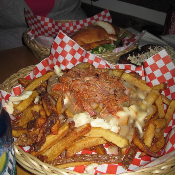 Pulled Pork Poutine - Lou Dawgs BBQ, Toronto, ON