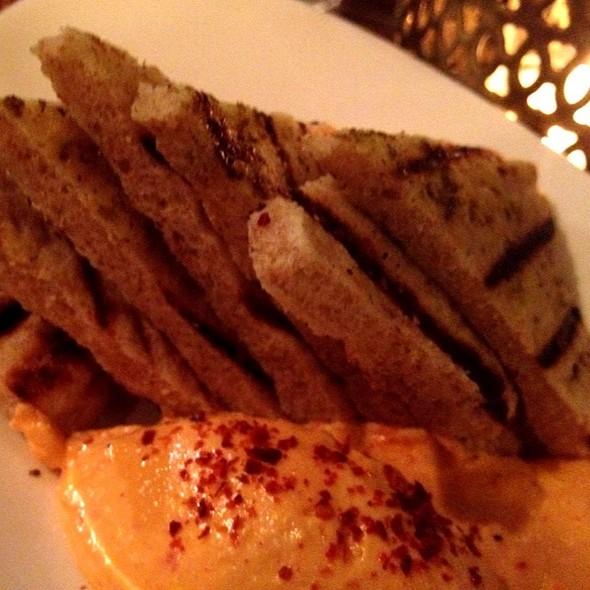 Hummus - Sens Restaurant, San Francisco, CA