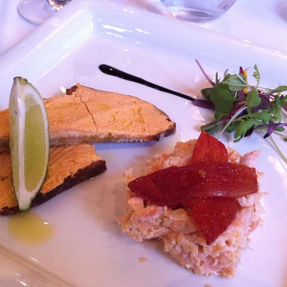 Brie en croute  - Verses Restaurant, Montréal, QC