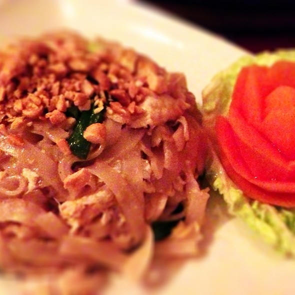 Pad Thai @ Bangkok & Bombay