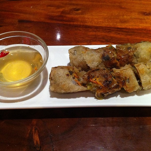 Fruehlingsrollen mit Limettendip @ Good Morning Vietnam - Restaurant & Bar