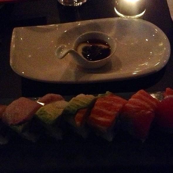 Rainbow Sushi Roll - blu on the Avenue, Winter Park, FL
