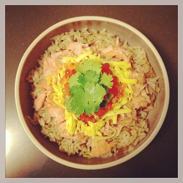 Sake Oyakodon 鮭親子丼 @ Dumpling Monster