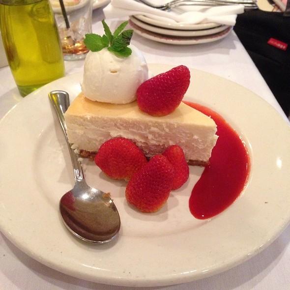 N.Y. Style Cheesecake - Maggiano's - Schaumburg, Schaumburg, IL