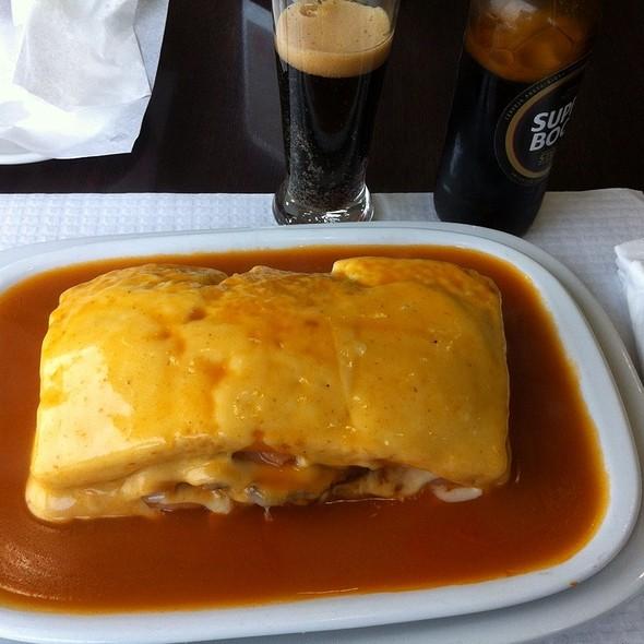 Francesinha @ Costa Café