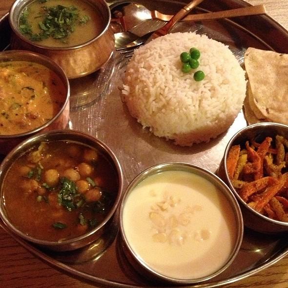 Himalayan Sherpa Kitchen Menu Burlington Vt Foodspotting