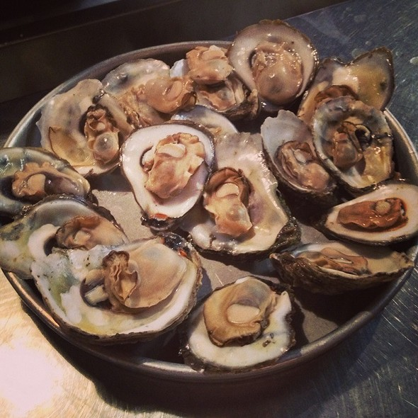 Steamed Oysters - Tony's Oyster Bar and Restaurant, Cary, NC