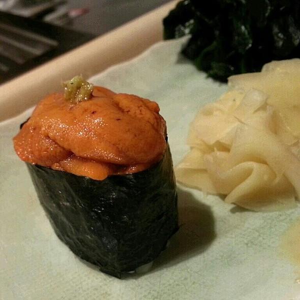 Uni Sushi @ Tenzen Japanese Restaurant 天膳