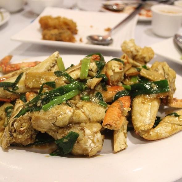 Fresh Dungeness Crab @ Jade Garden