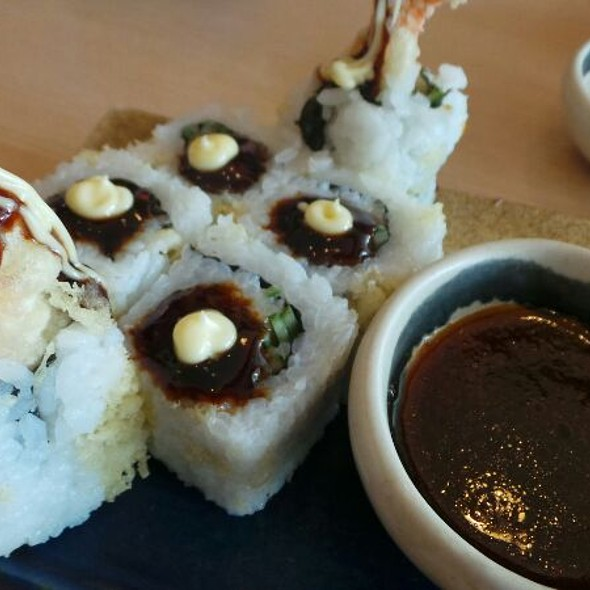 Rock n' Roll Maki @ Sumo Sam