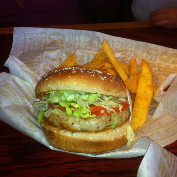 Turkey Burger And Fries @ Red Robin Gourmet Burgers