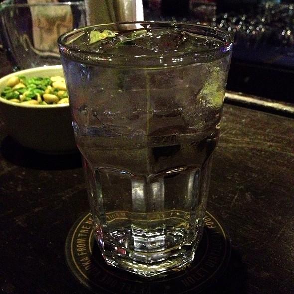 Vodka Tonic @ Primer Piso