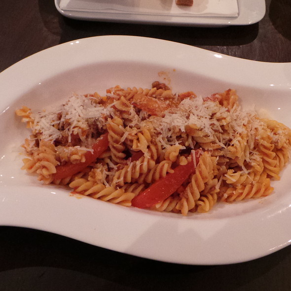 Pasta with Veal Bolognese @ Be-luga