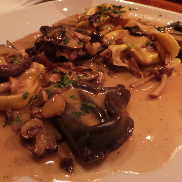 Tortelloni with Truffles and Porcini Mushrooms @ La Castagnas