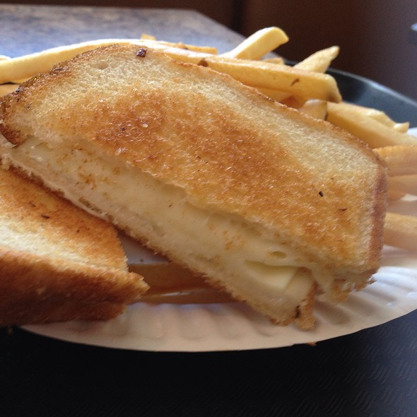 Grilled Cheese @ Gorham House of Pizza