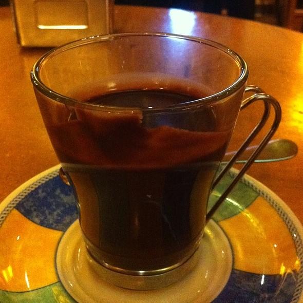Chocolate Suizo @ Cafe El Colonial