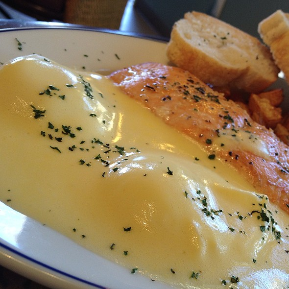 Valentine Brunch Special Salmon And Poached Eggs With Hollandaise Sauce @ Chez Meme Baguette Bistro
