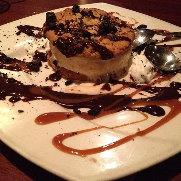 Ice Cream Cookie Sandwich @ Elephant Bar Restaurant