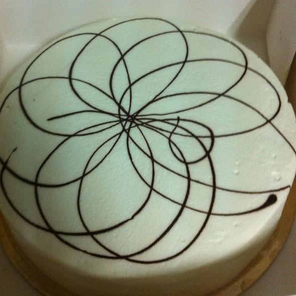 La Brioche Marble Cake