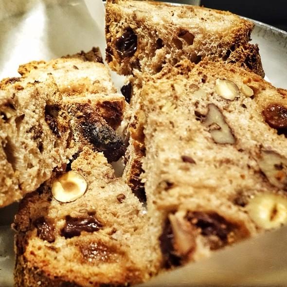 Bread @ Layla Mourad