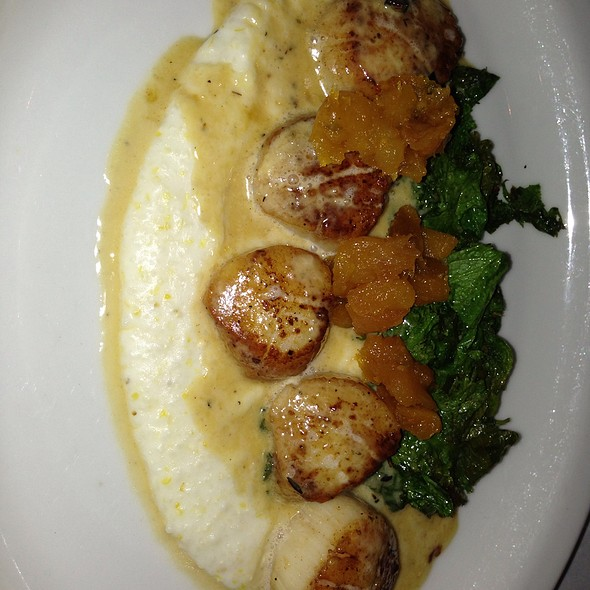 Pan seared scallops with corn grits - Grapeseed – Bethesda, Bethesda, MD