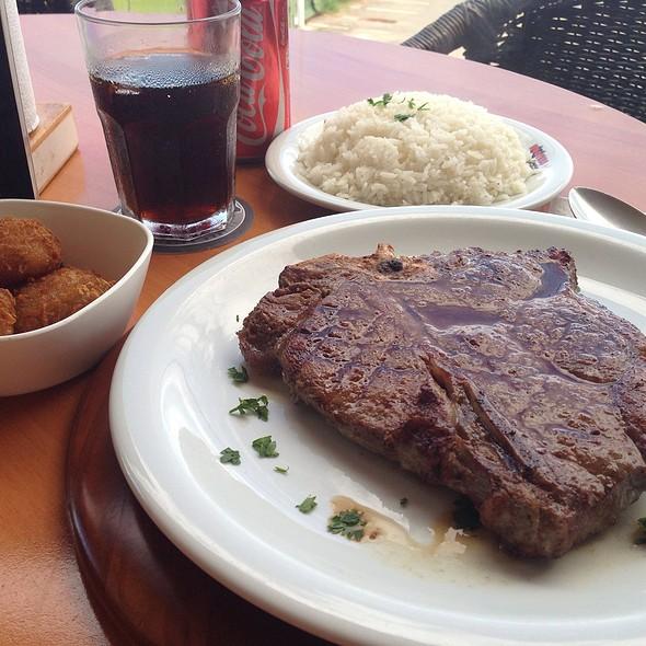 T-bone steak @ Roschti