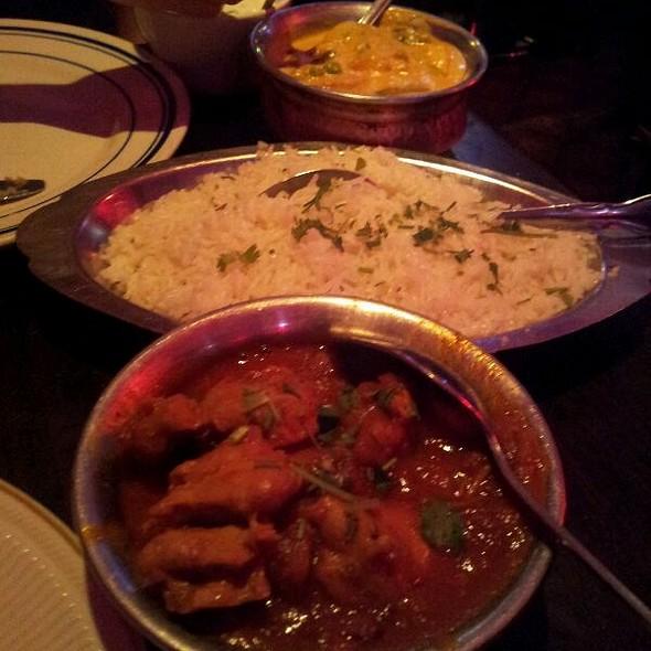 Chicken Vindaloo And Alloo Mada @ Natraj Cuisine of India