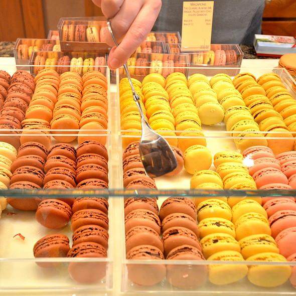 Macarons @ La Maison Du Chocolat