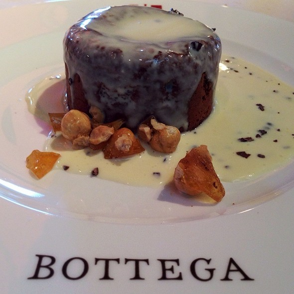 Molten Chocolate Cake @ Bottega