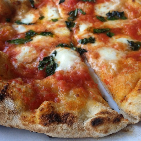 Margherita Pizza @ Bufad Wood Fire Pizza