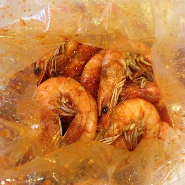 1 Lb Of Shrimp With The Whole Shebang Xxx