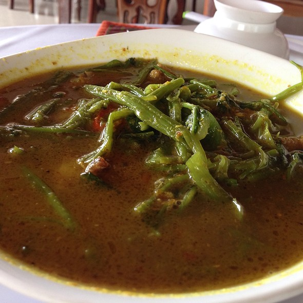 Morning Glory Soup @ Freedom Hotel Siem Reap