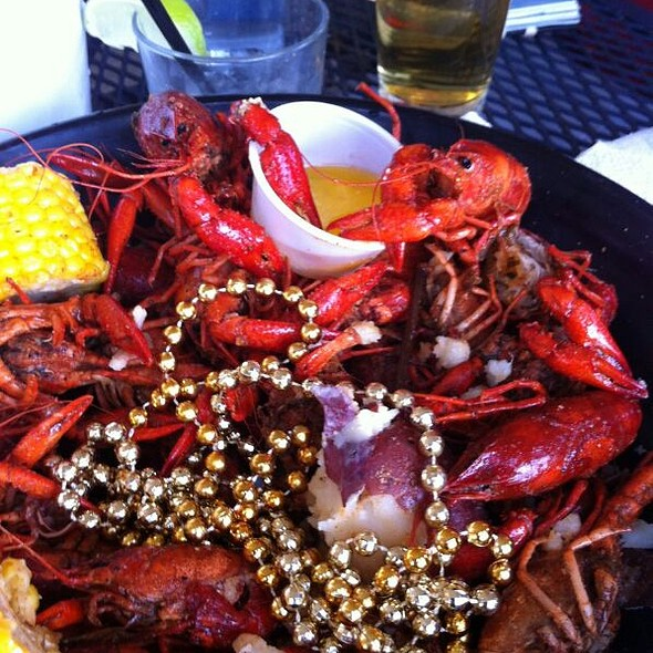 Crawfish @ The Deck on Fountainview