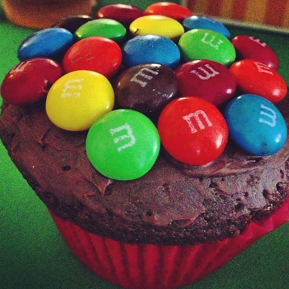 El Cupcake M&M @ Samudio´s Grill