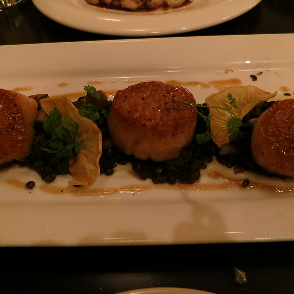 Seared Diver Scallops - Restaurant Zoe, Seattle, WA